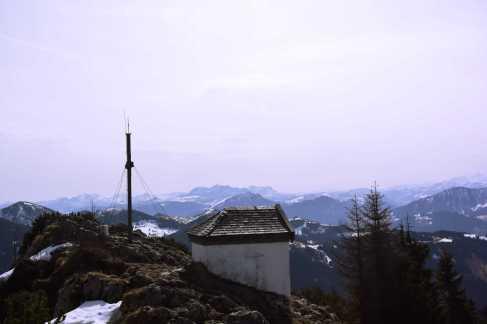 Spitzstein_Gipfelkreuz_Kapelle