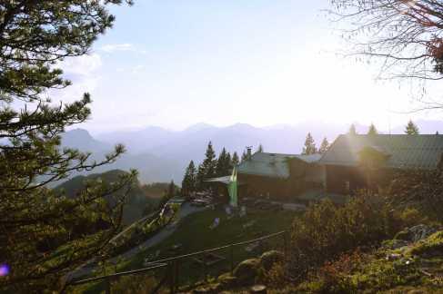 Vorderkaiserfeldenhütte1